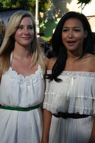 File:Heather and Naya.jpg