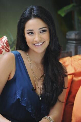 File:Shay-mitchell-pic.jpg