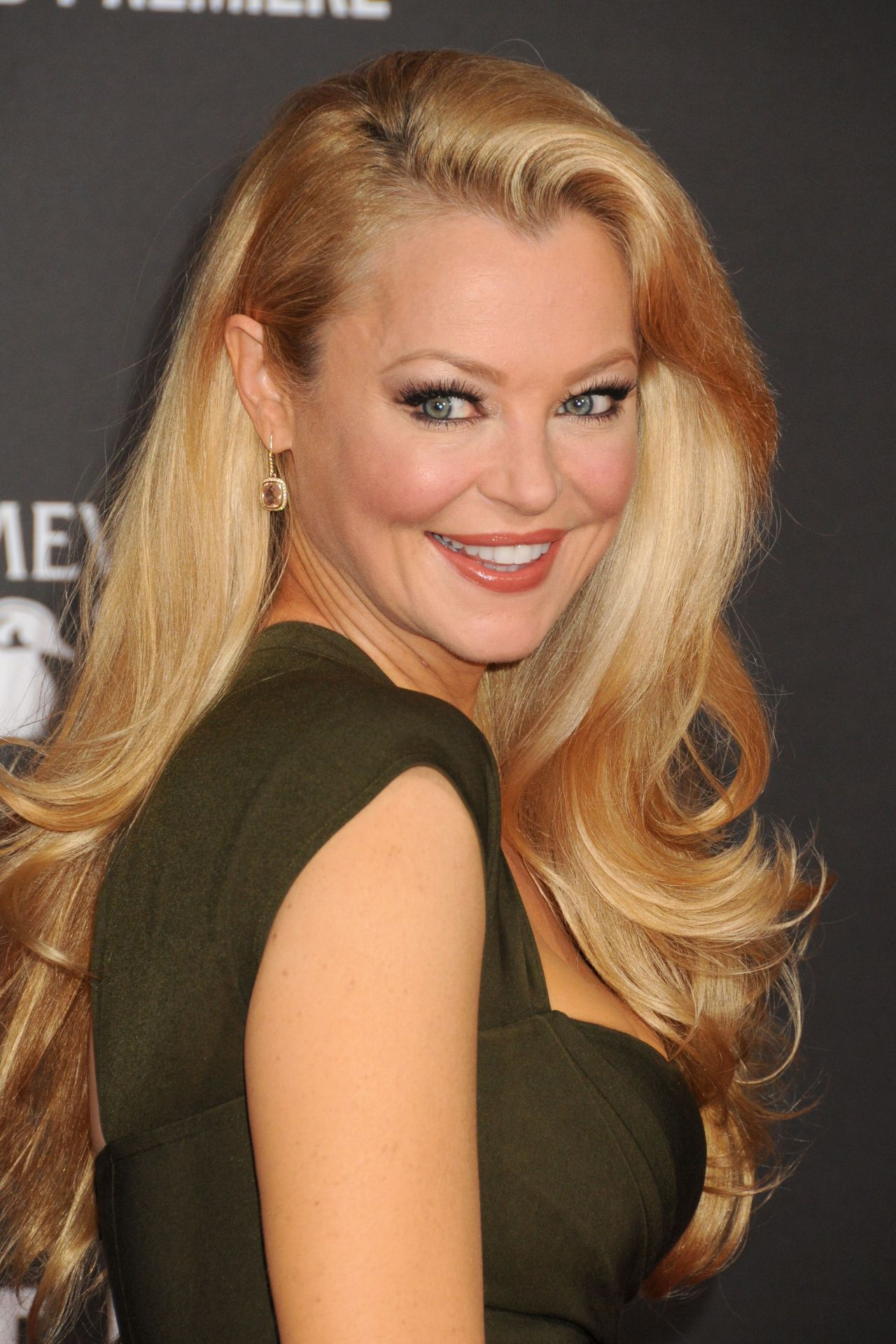 Charlotte Ross Nude Photos 85