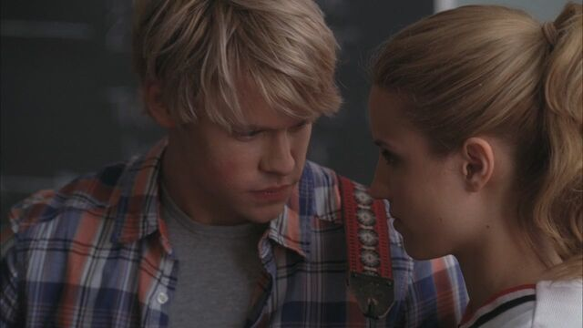 File:Glee204-00731-1-.jpg
