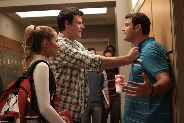 File:1x08-Mashup-Promo-Photos-glee-8505064-1950-1300.jpg