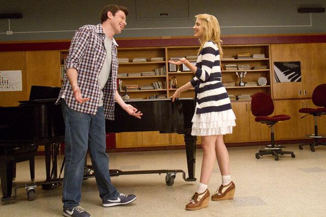 File:Glee4332.jpg