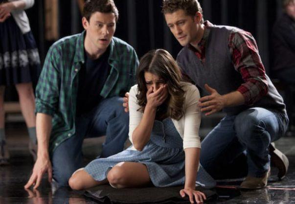 File:Glee-bornthisway-finn-rachel-will.jpg