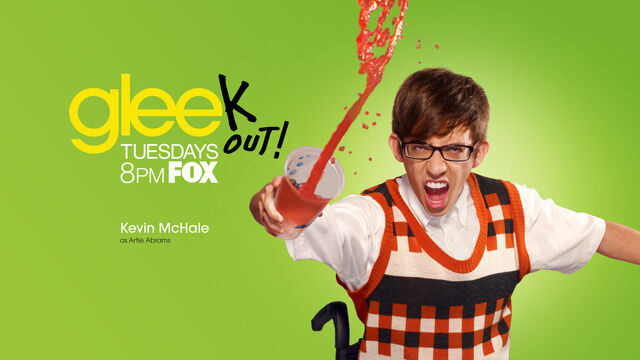 File:Glee-Season-2-glee-15799765-1920-1080.jpg