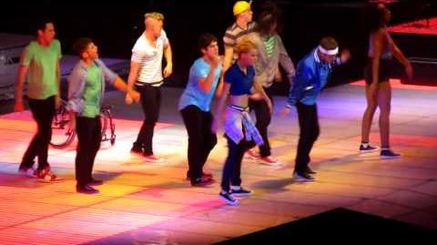 GLEE TOUR SAFETY DANCE