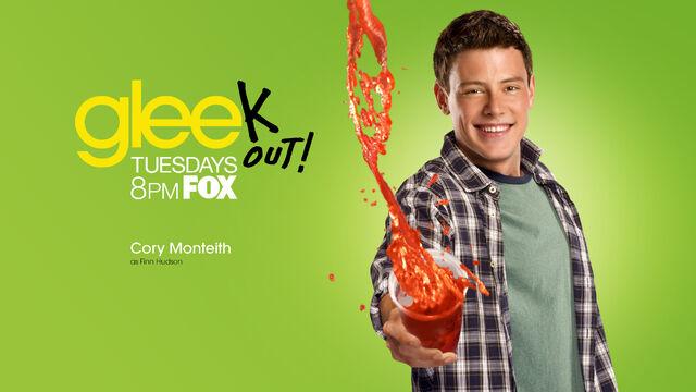 File:Glee-Season-2-glee-15799730-1920-1080.jpg