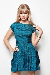 Taylor-swift-2013-brit-awards-11