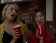 Glee.S03E08.HDTV.XviD-LOL.-VTV- 1388