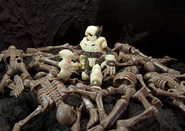 Skeleden-Ku-Earthen-Curse-ALT