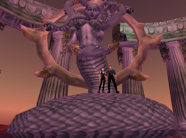 File:Statue of Azshara found over an island with Kaldorei ruins.jpg