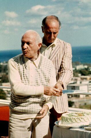 File:Hyman Roth Havana.jpg