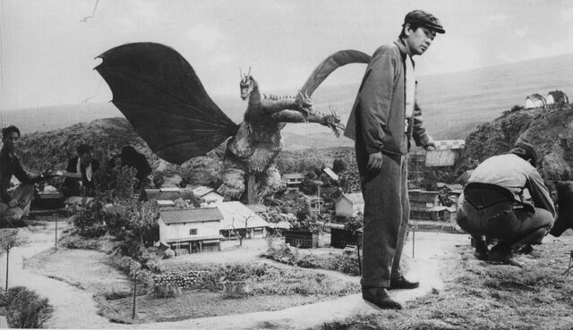 File:GT3HM - Setting Up for King Ghidorah.jpg