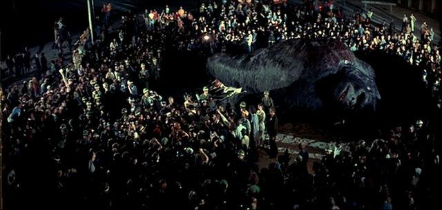 File:King Kong 1976 Kong Dead on Street.jpg