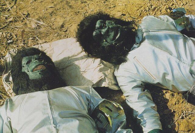 File:GVMG - Two Dead Black Hole Planet 3 Aliens.jpg
