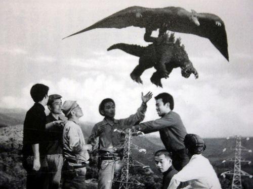 File:Ghidorah the Three-Headed Monster - Godzilla and Rodan Behind the Scenes.jpg
