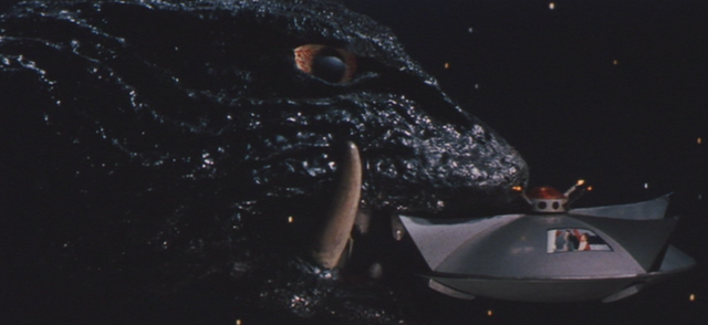 File:Gamera - 5 - vs Guiron - 44 - Gamera Escapes.png