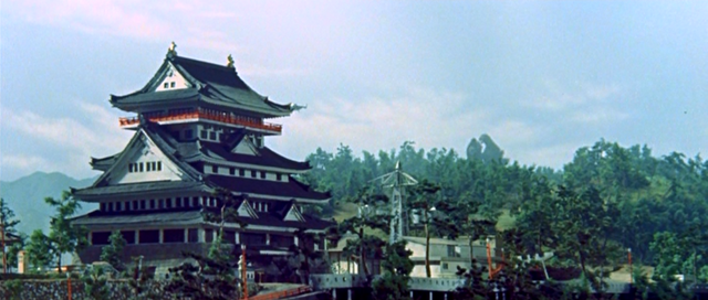 File:King Kong and Godzilla near the Pagoda.png