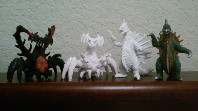 File:White Bandai Mini Destoroyah Gigan and normals.jpg
