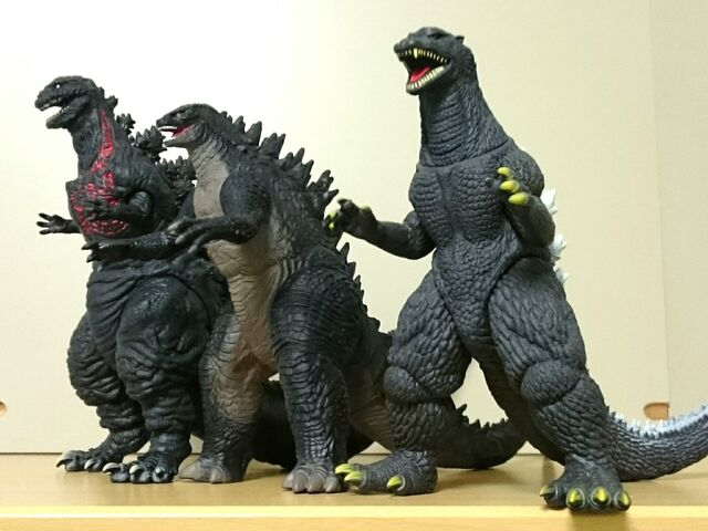 File:Bandai Shingoji with other figures.jpeg