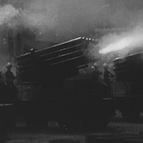 File:Godzilla.jp - 2 - 24 Twin Rocket Car.jpg
