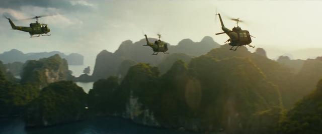 File:Kong Skull Island - UH-1.png