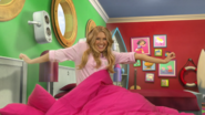 Gemma in Wake Up Smiling (The Go!Go!Go! Show, Nick Jr.)
