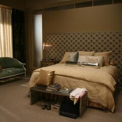 Serena's Bedroom (season 2) Ivy's room (season 4)