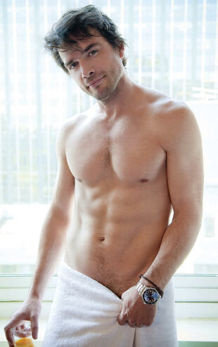 Matthew settle shirtless cosmo