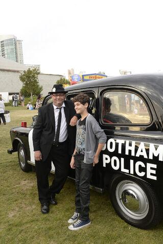 File:SDCC-2014-Gotham-Uber-cars-event AHP8459.JPG