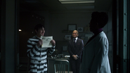 Hugo Strange declares that Oswald is sane