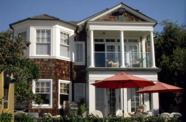 File:The Beach House.jpg