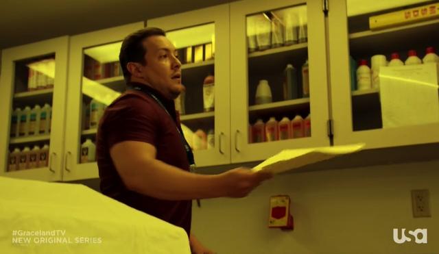 File:1x07-Roberto.png