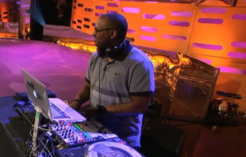 File:Jazzy jeff tgns 2013.png