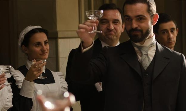 File:Diego regresa al Gran Hotel.jpg