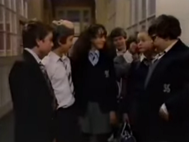 File:Grange Hill Uniform (Series 6).png