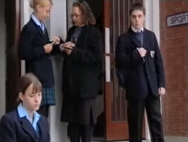 File:Grange Hill Uniform (Series 25)-2.png