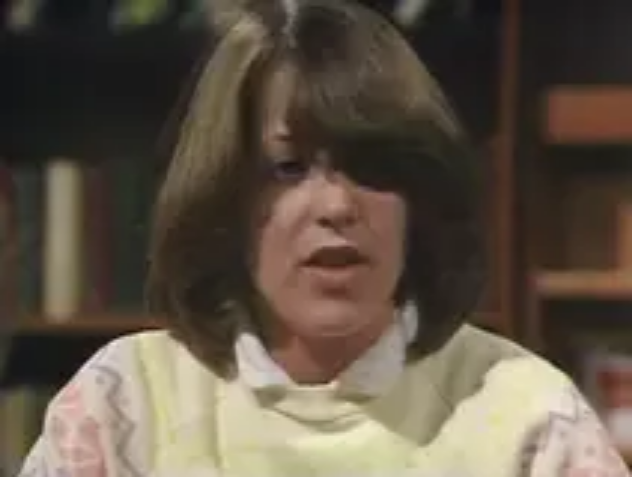 File:Cathy Hargreaves (Series 4).png