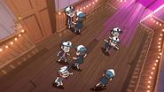 S1e7 clone fight
