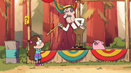 S1e9 Mabel guessing Waddles' weight
