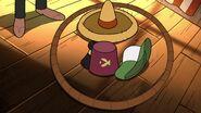 S2e14 tyler hat