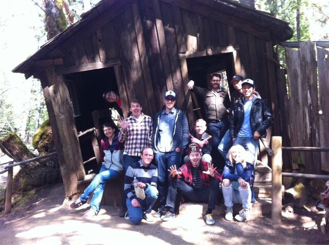 File:Mystery Tour 2013 Oregon Vortex.jpg