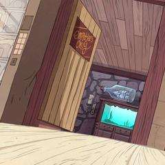 Дверь в зал.