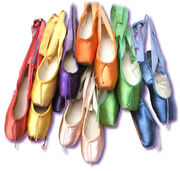Rainbow pointe shoes