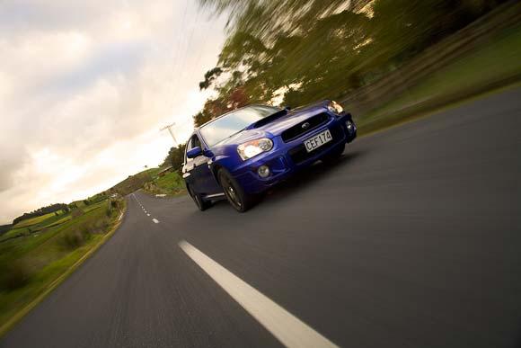 File:Moving car.jpg