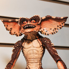 Gremlins-brown-gremlin-neca-toy-fair-2011 144x144