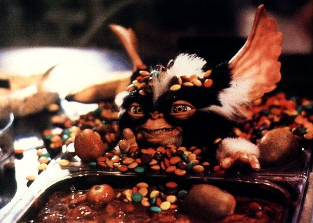 File:Starlog Gremlins 2 Mike Finnell page 2.JPG