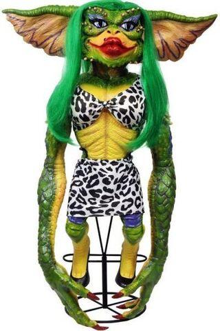 File:Neca-gremlins-2-prop-replica-greta-gremlin-stunt-puppet-only-1-000-made-8 92733.1461299494.jpg