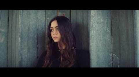 """Old Friends"" - Jasmine Thompson"