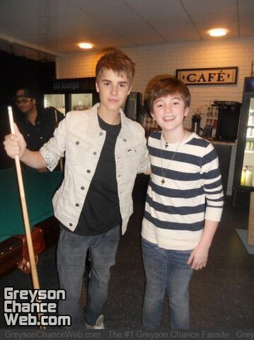 File:Justin and Greyson.jpg