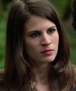 1x05-SarahJennings